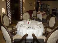 Маси и столове за ресторанти