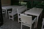 битови дървени маси с две пейки и 1 стол за заведения