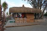 летен бар с покрив от тръстика по поръчка