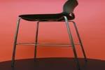 модерни бар столове от метал или пластмаса